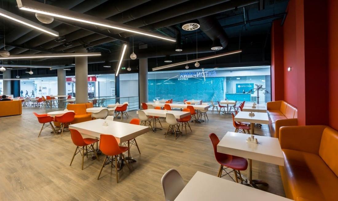 интерьер корпоративного ресторана «CAFETERA» для «Compass Group». АртДеп – 03