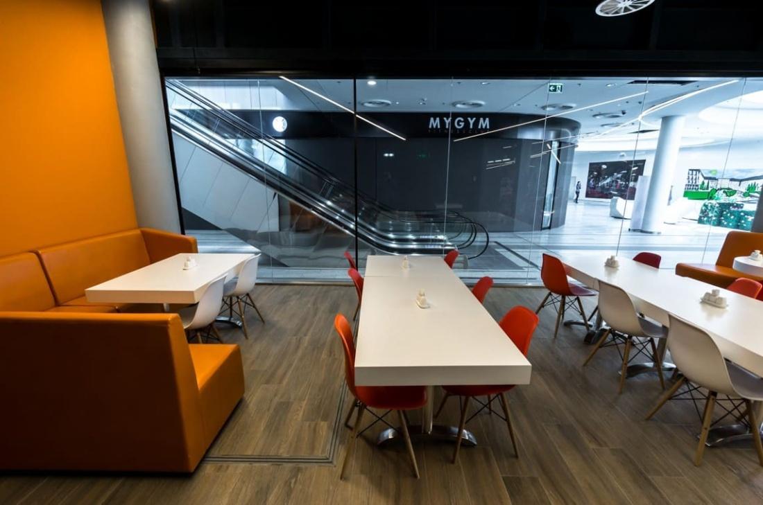 интерьер корпоративного ресторана «CAFETERA» для «Compass Group». АртДеп – 06