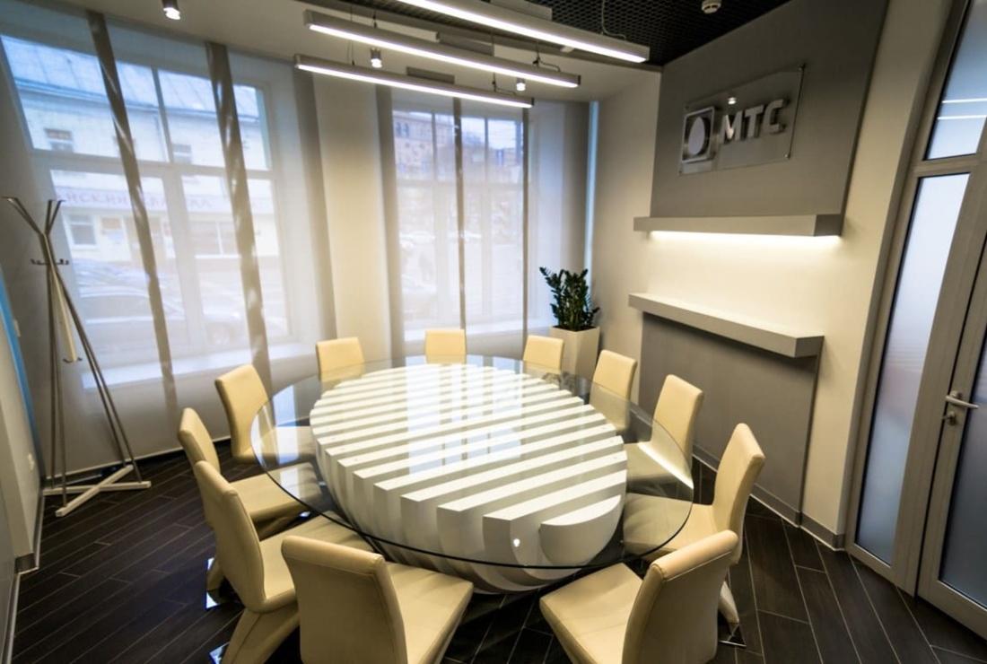 Вестибюль офиса компании ПАО «МТС». АртДеп – 07