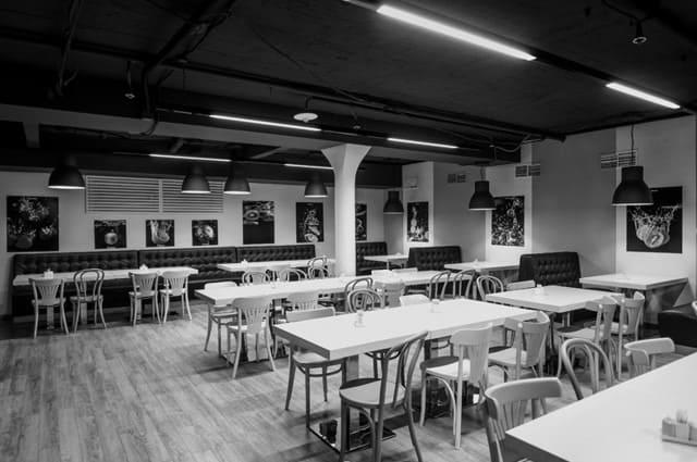 интерьер корпоративного ресторана БЦ «ПОЛИШЕЛК». АртДеп – 12
